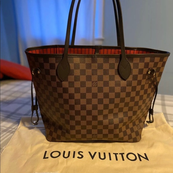 Louis Vuitton Handbags - LV Neverfull MM Damier